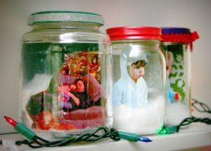 manualidades de navidad para niños bolas de nieve personalizadas