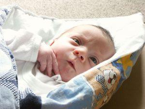 foto recien nacido bebe