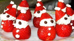 manualidades de navidad para niños - papa noel fresas y nata
