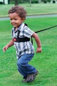 correa para niños con arnes