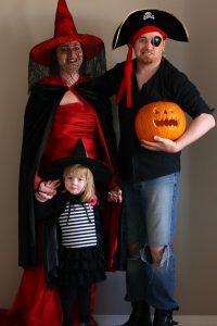 familia-disfraces-halloween-niños